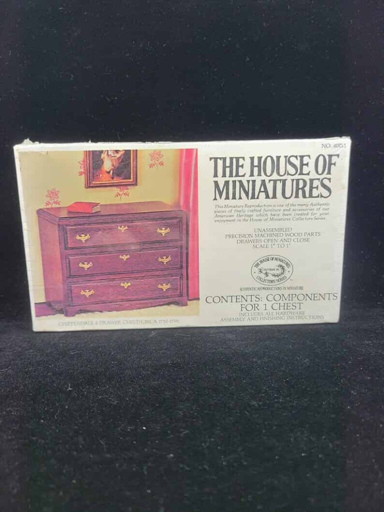 The House of miniatures Etsy store 4 pic 1