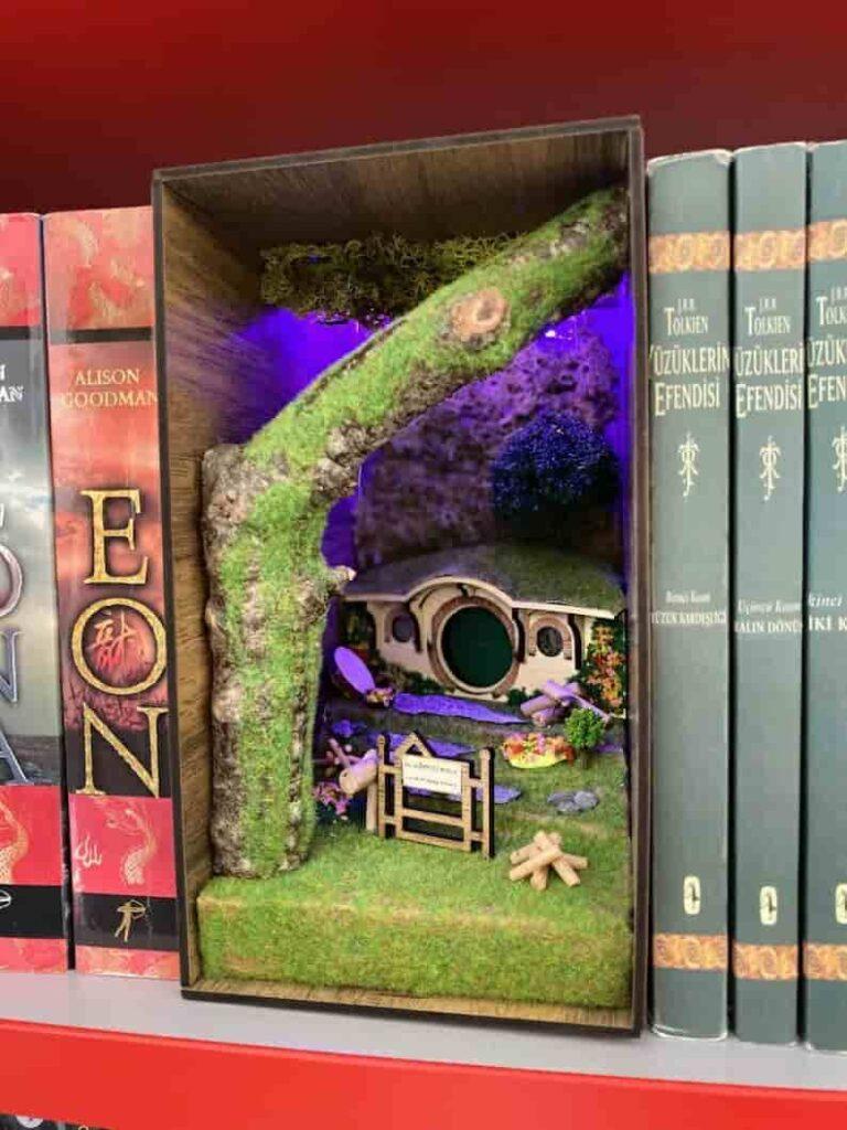 book nook shop 1 Etsy pic 2