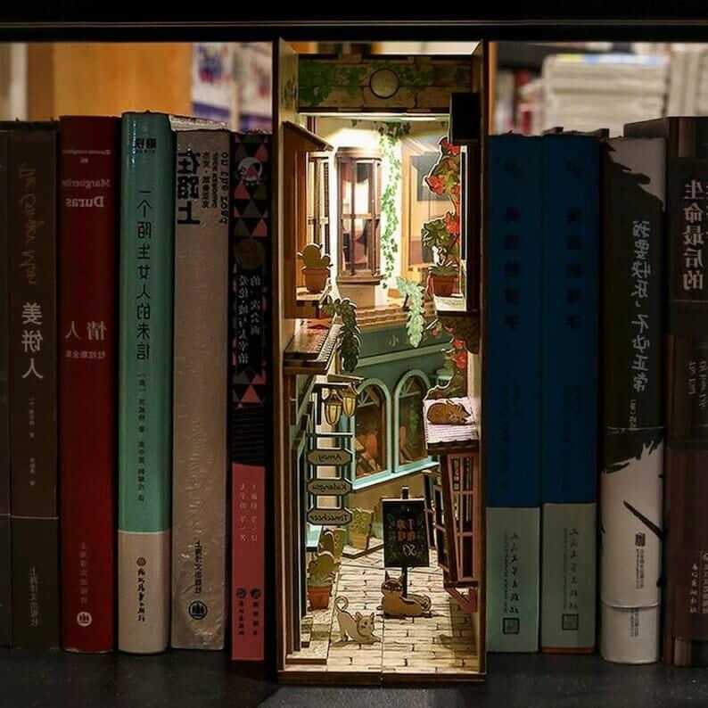 book nook shop 5 Etsy pic 2