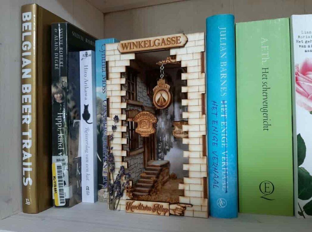 book nook shelf insert