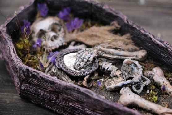 miniature coffin 2
