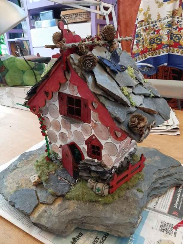 finished fairy house 1