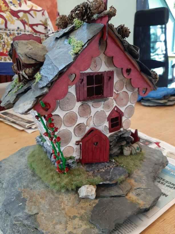 finished fairy house 2