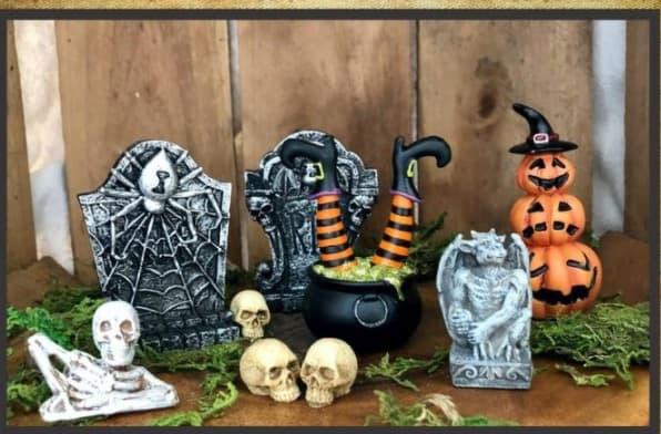 halloween miniature village