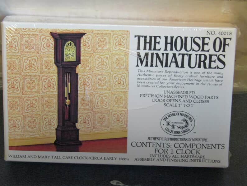 The house of miniatures Etsy shop 1
